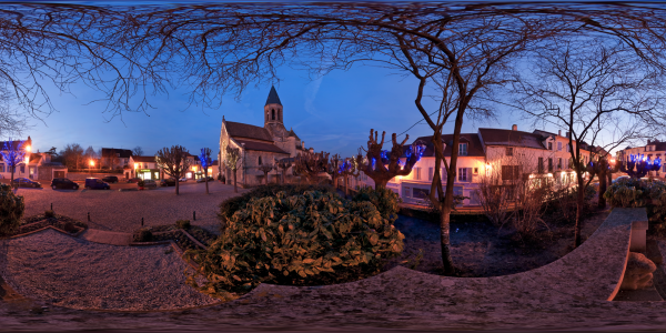 Louveciennes — place de l'église