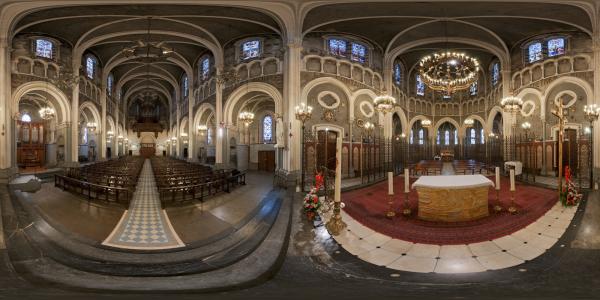 Lourdes — Sanctuaires — Basilique Supérieure